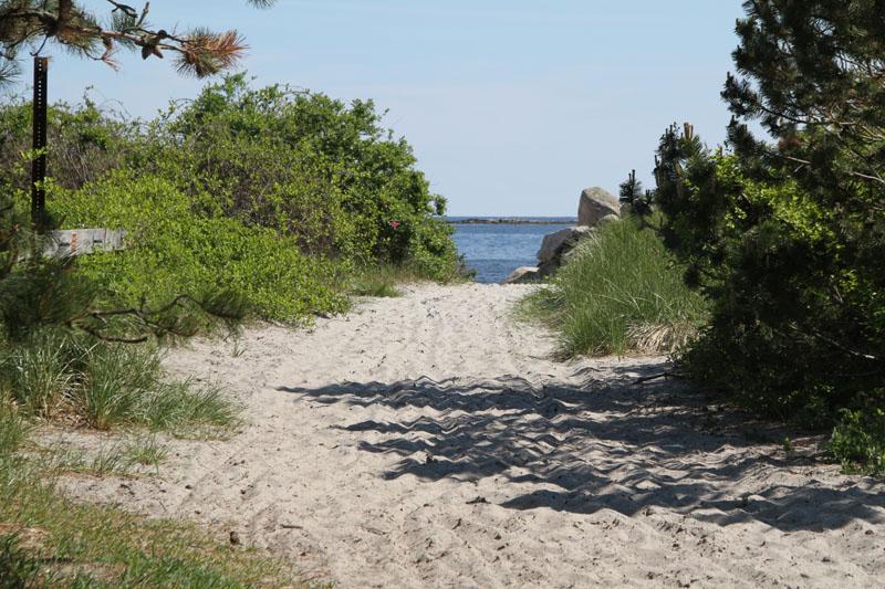 goose-rocks-beach-entry