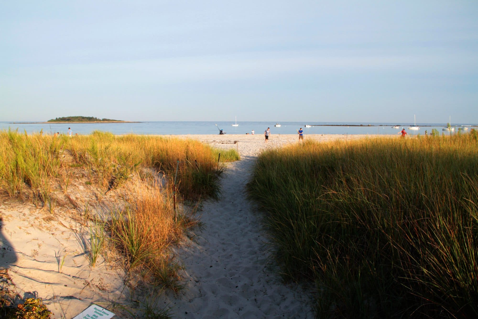 goose-rocks-beach-path