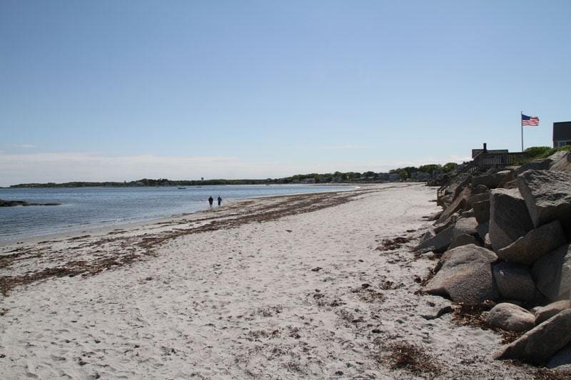 goose-rocks-beach-walkers3
